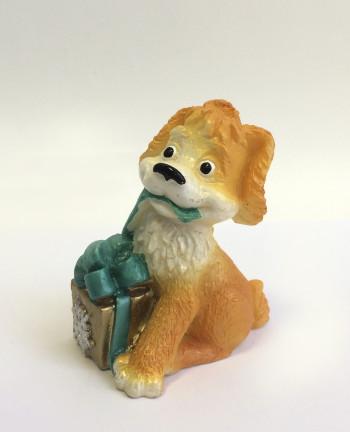 Собака с подарком 1